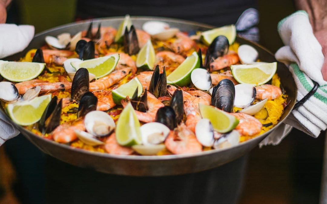 How to Make Paella with Seafood –  Step-by-Step Recipe